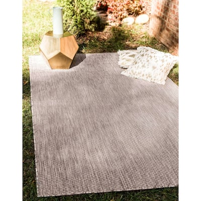 Outdoor Solid Transitional Area Rug