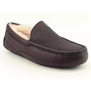 Ugg Australia Ascot Moc Toe Leather Slipper|https://ak1.ostkcdn.com/images/products/is/images/direct/20091ee2457b8d3805ca93cd7cad996b5d9591bb/Ugg-Australia-Ascot-Moc-Toe-Leather-Slipper.jpg?impolicy=medium