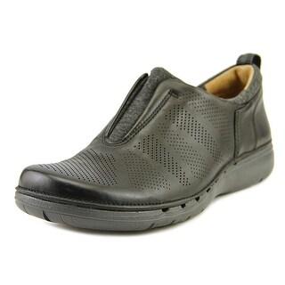 Clarks Artisan Un Spirit   Round Toe Leather  Loafer