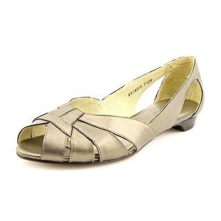 Mark Lemp By Walking Cradles Zuzu Women 4A Open-Toe Leather Flats