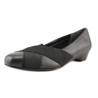 Ros Hommerson Tammy Women SS Round Toe Leather Black Flats