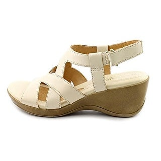 Naturalizer women's tanner strappy sandals