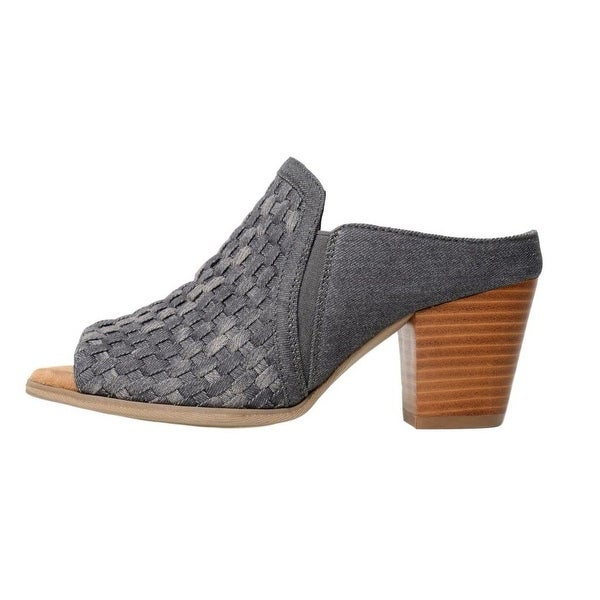 b5626fee94f64a Shop Minnetonka Casual Sandals Womens Mona Denim Stacked Heel - Free  Shipping Today - Overstock.com - 22307432