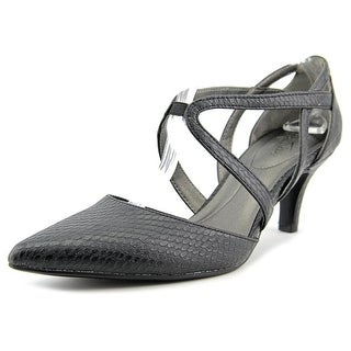 Life Stride Seamless Women Open Toe Leather Sandals