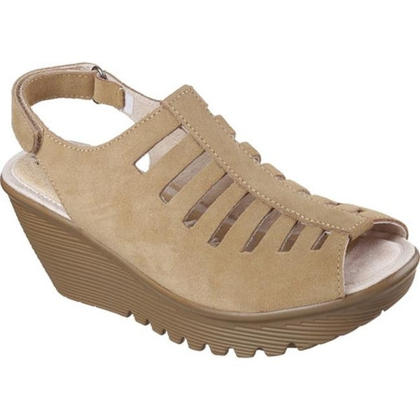 4ea101db5ea Skechers Women  x27 s Parallel Trapezoid Platform Wedge Sandal Dark Natural