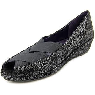 Vaneli uu Women W Peep-Toe Suede Flats