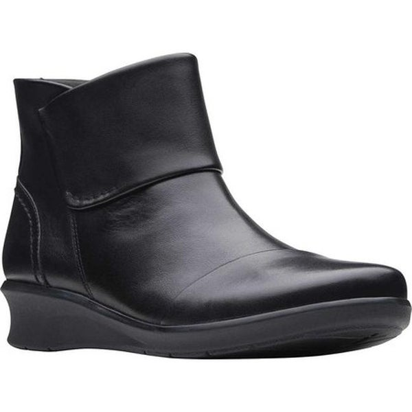 Hope Track Ankle Boot Black Leather