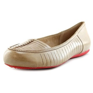 Softwalk Natchez N/S Round Toe Leather Flats