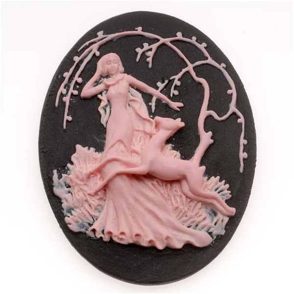 Lucite Oval Cameo - Black With Pink Art Deco Lady Of The Forest 40x30mm (1)