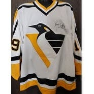 Signed Trottier Bryan Pittsburgh Penguins Pittsburgh Penguins Authentic Jersey Size 52 Small sticke