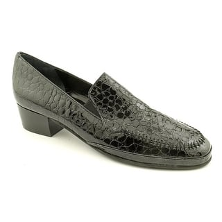Amalfi By Rangoni Fada Women SS Round Toe Patent Leather Loafer|https://ak1.ostkcdn.com/images/products/is/images/direct/237ded12b5fae0e153d9b90b8bc90d4608731d2d/Amalfi-By-Rangoni-Fada-Women-SS-Round-Toe-Patent-Leather-Black-Loafer.jpg?impolicy=medium