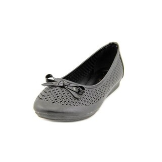 Beacon Kinsey Women N/S Round Toe Synthetic Flats