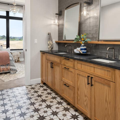 SomerTile 17.63x17.63-inch Royals Estrella Nero Ceramic Floor and Wall Tile