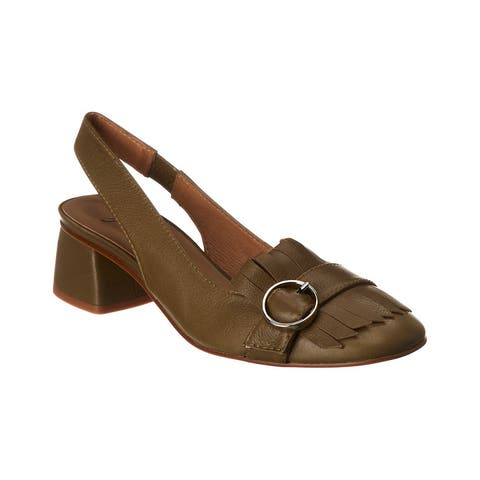 French Sole Kilted Slingback Pump