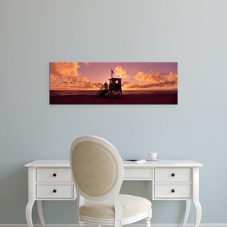 Easy Art Prints Panoramic Images's '22nd St. Lifeguard Station, Redondo Beach, Los Angeles, California' Canvas Art