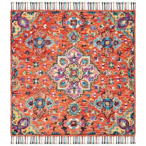 SAFAVIEH Handmade Aspen Romy Boho Tribal Wool Medallion Rug