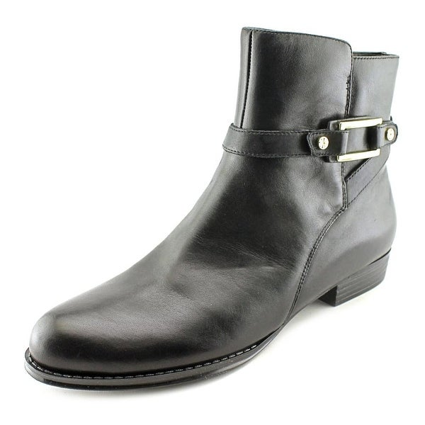 Isaac Mizrahi Tinker W Round Toe Leather Ankle Boot