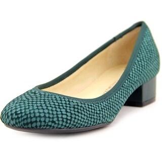 Isaac Mizrahi Kerry 2 Women  Round Toe Leather  Heels
