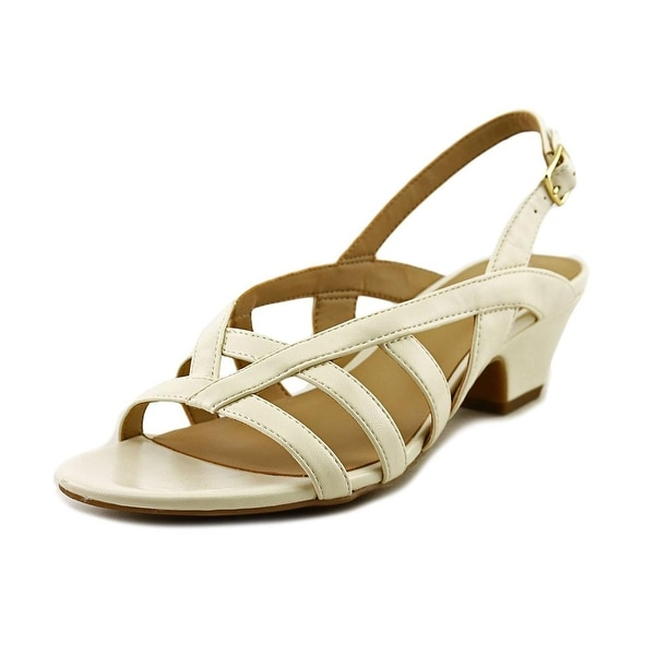 Naturalizer Belize Women Cream Smooth Sandals