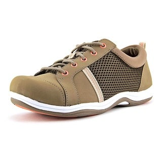 Easy Street Buffy W Round Toe Leather Sneakers
