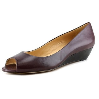 Trotters Lonnie N/S Round Toe Leather Clogs
