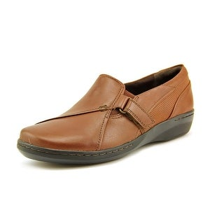 Clarks Evianna Ease Women Round Toe Leather Loafer
