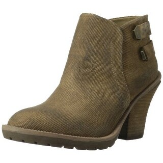 Kenneth Cole REACTION Women's Kitty Boot