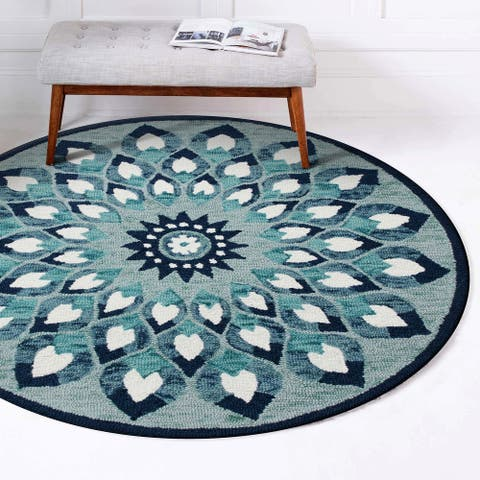 Hand Tufted Feathering Floral Round Rug