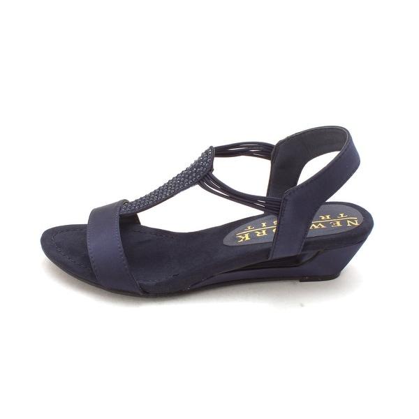 New York Transit Womens add me Fabric Open Toe Casual Platform Sandals