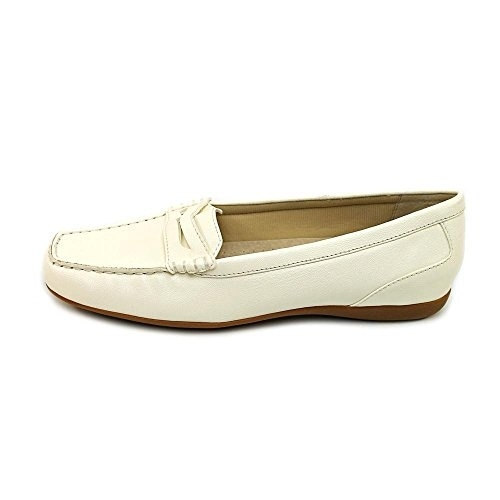 Trotters Womens Francie Square Toe Loafers