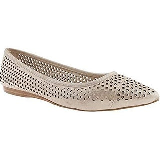 Vince Camuto Hilta Women Synthetic Flats