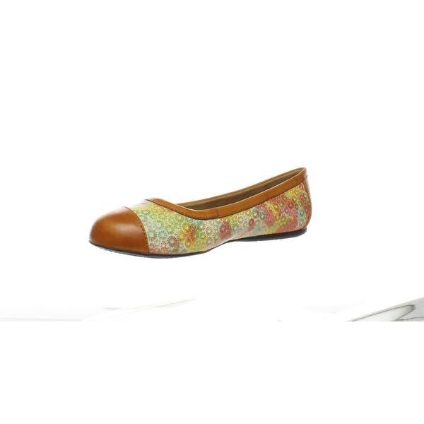 SoftWalk Womens Napa Ballet Flat