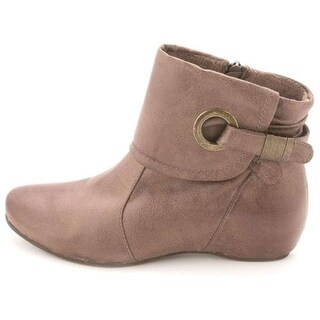 Bare Traps Womens SANDEE Closed Toe Ankle Fashion Boots