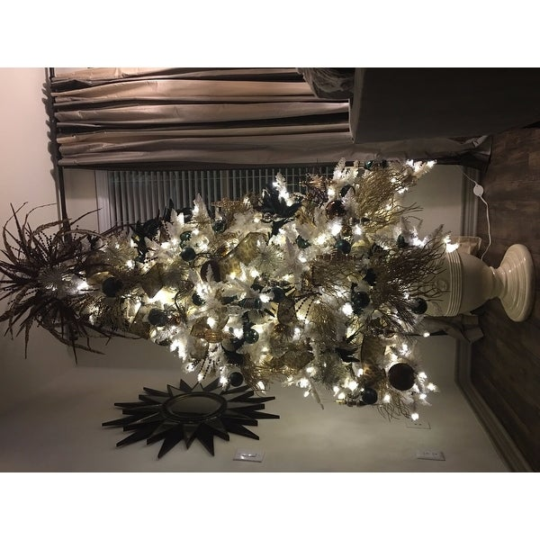 Vintage Artificial Christmas Trees.Vickerman Cream Pvc 7 5 Foot Flocked Vintage Fir Artificial Christmas Tree With 700 Warm White Led Lights