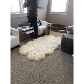 "Safavieh Prairie Natural Pelt Sheepskin Wool White Shag Rug - 3'-7"" X 5'-11"""