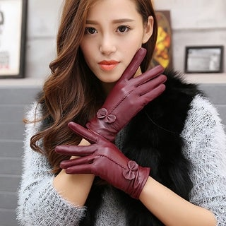 2018 Women Winter Warm Sheepskin Leather Gloves Bow Personality Fashion High Quality Black Gloves Woman's Clothing Mittens