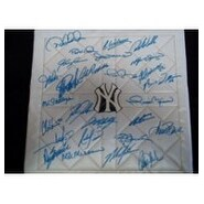 Signed Yankees New York 2003 Replica Full Base By The 2003 New York Yankees Team autographed
