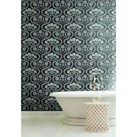 Madera Folksy Floral Black/ White Wallpaper