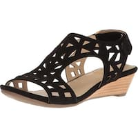 Me Too Womens Sienna Suede Open Toe Casual Slingback Sandals