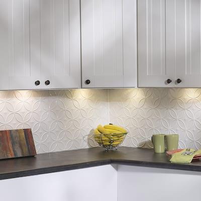 Fasade Rings Gloss White 15-square Foot Backsplash 15 Sq Ft Kit