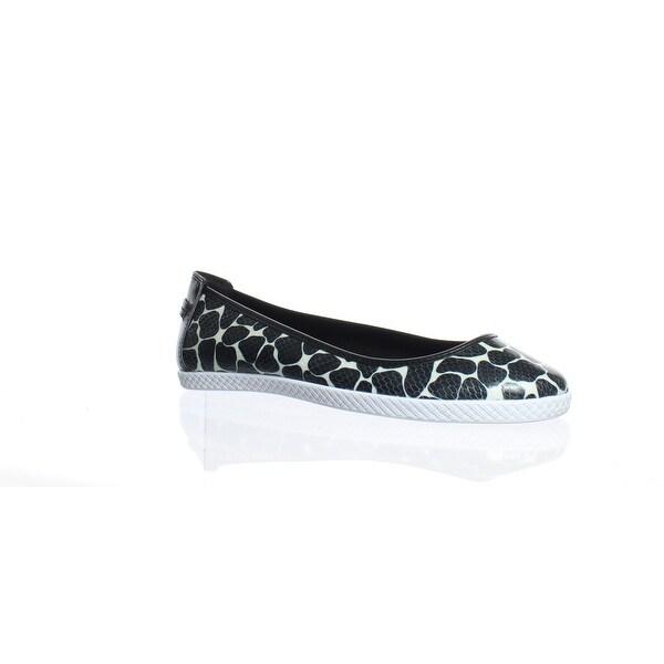 82cbbc67381f Shop Nine West Womens Royalli Synthetic White Black Ballet Flats ...