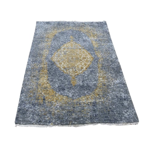 Hand Knotted Grey Transitional with Wool & Pure Silk Oriental Rug (3' x 5') - 3' x 5'