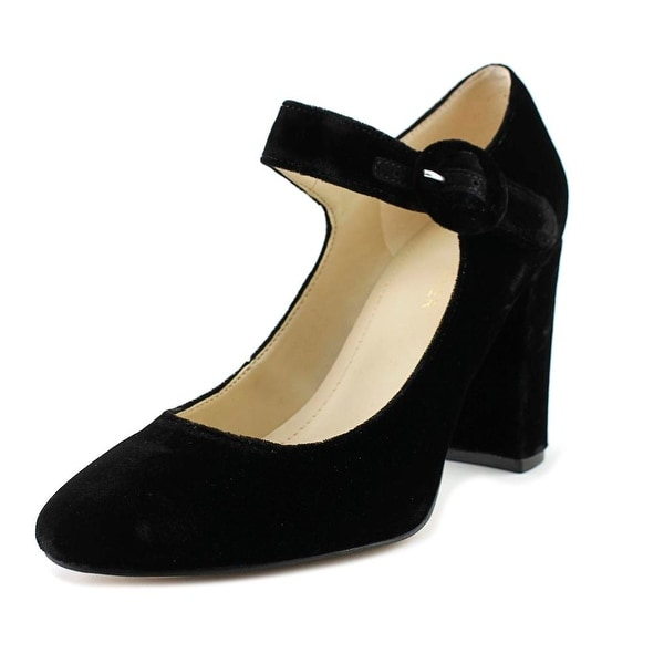 Marc Fisher Shaylie 2 Black Flats