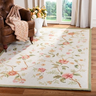 Link to Safavieh Hand-hooked Chelsea Alexandr Country Floral Wool Rug Similar Items in Shabby Chic Rugs