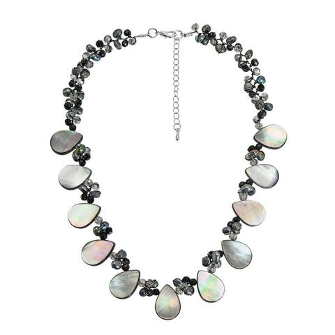 Handmade Exotic Teardrops Blacklip Shell and Freshwater Pearls Handmade Necklace (Thailand)