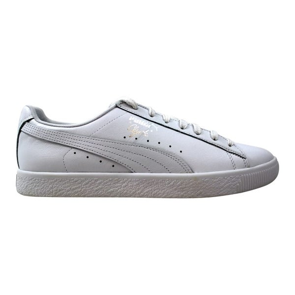 the best attitude 27418 f6c23 Shop Puma Clyde Core L Foil Puma White/Puma Silver Men's ...