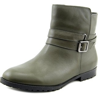 Isaac Mizrahi Quik Round Toe Leather Ankle Boot