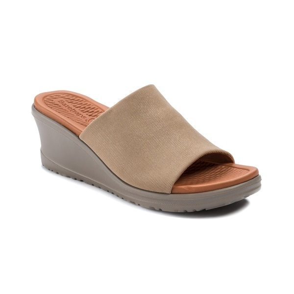 Baretraps Honna Women's Sandals & Flip Flops Soft Gold