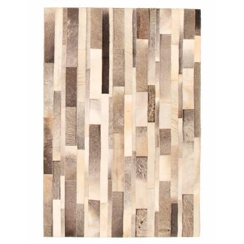 ECARPETGALLERY Handmade Cowhide Patchwork Light Grey Leather Rug - 3'10 x 5'9