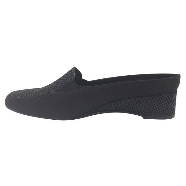 J.Renee Womens edlyn Closed Toe Loafers